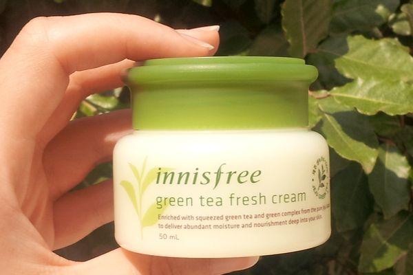 Review kem dưỡng trà xanh Innisfree cho da dầu có tốt không?