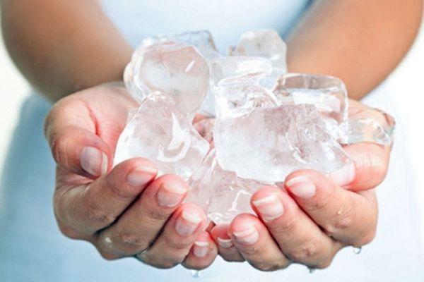 chườm đá lên mặt có tác dụng gì, chườm đá lạnh lên mặt có tác dụng gì, chườm đá lạnh có tác dụng gì, chườm đá vào mặt có tác dụng gì, lấy đá chườm lên mặt có tác dụng gì, tác dụng của chườm đá lạnh lên mặt, tác dụng của việc chườm đá lên mặt, tác dụng chườm đá lên mặt, chườm nước đá lên mặt có tác dụng gì, chườm đá lạnh vào mặt có tác dụng gì, tác dụng của chườm đá lên mặt, tác dụng chườm đá lạnh lên mặt, tác dụng chườm đá lạnh, tác dụng của chườm đá lạnh, tác dụng của việc chườm đá lạnh lên mặt, công dụng của việc chườm đá lạnh lên mặt, chườm đá lên mặt có tác dụng, tác dụng khi chườm đá lên mặt, công dụng chườm đá lạnh, công dụng của chườm đá lạnh, tác dụng của việc chườm đá lạnh